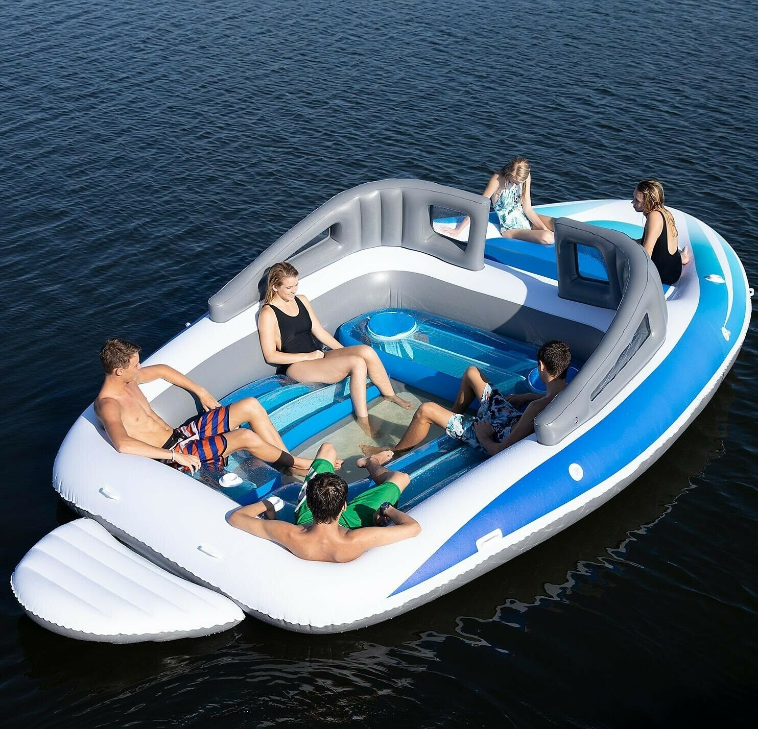 Bay Breeze Boat Island_6-PersonInflatable Party Island